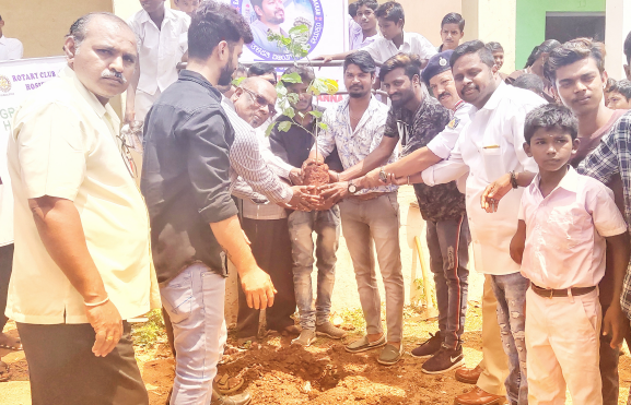 Green Hoaspete Foundation and the Bellary District thalapathi vijay welfare association